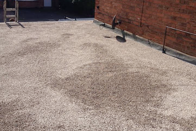 Flat Roof with Limestone Chipping finish